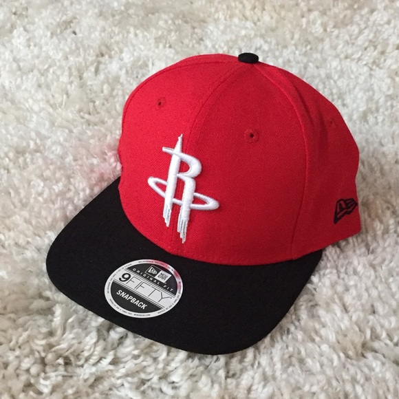 low priced cf681 a8fa0 New Era Houston Rockets SnapBack Hat Red Black